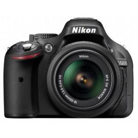 Nikon D5200 + 18 55mm